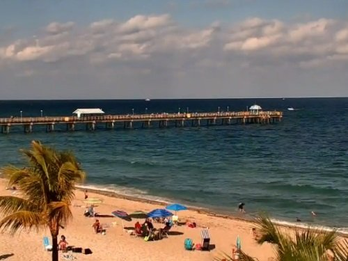 Lauderdale-By-The-Sea Beach live cam