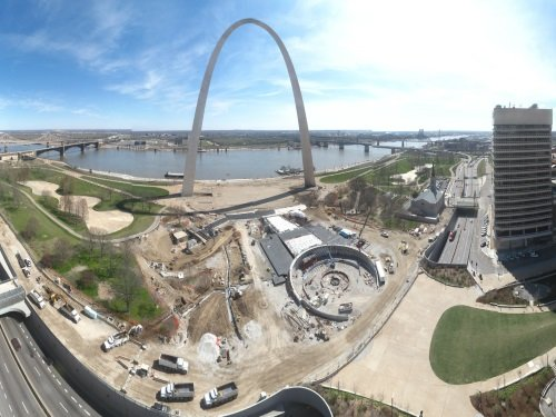 Gateway Arch Panorama, St. Louis live cam